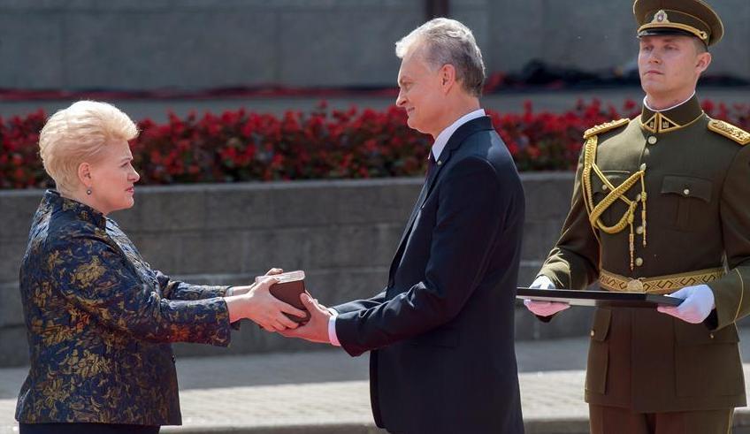 (国际)(1)立陶宛举行新当选总统就职典礼