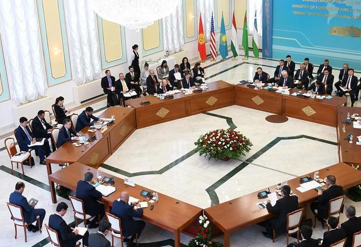 """(国际)(2)美副国务卿与中亚五国外长举行""""C5+1""""会谈"""