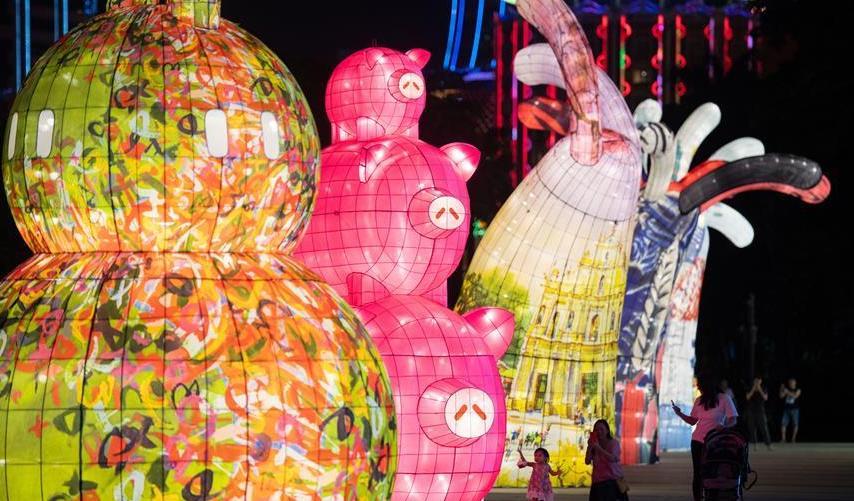 (社会)(2)澳门举办国际花灯节