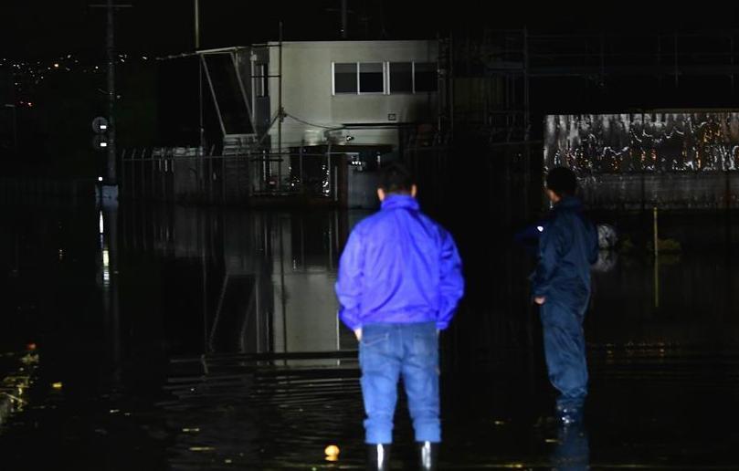 """(国际)强台风""""海贝思""""在日本造成33人死亡"""