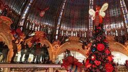 """(国际)(4)巴黎:""""老佛爷""""的圣诞树"""