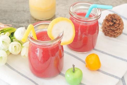 每天一杯果汁可降低近25%中风风险