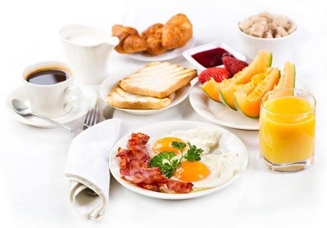 为何不吃早餐 六成是忙三成懒