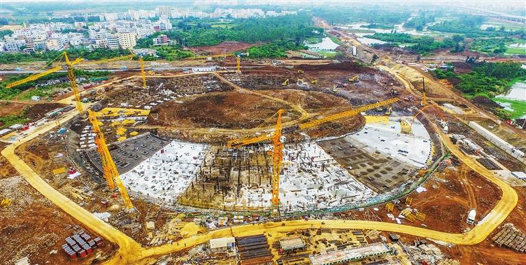 海口五源河体育场主体结构将封顶 明年4月交付使用