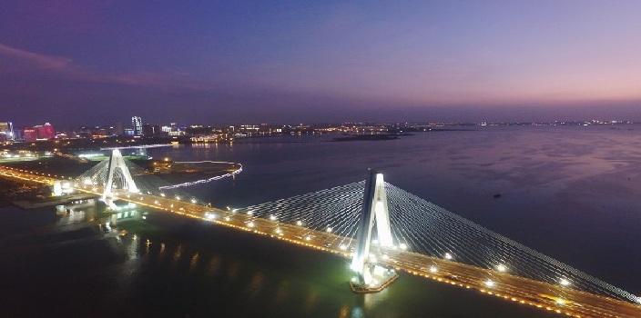 """《夜瞰·海口》(二):""""醉美""""世纪大桥"""
