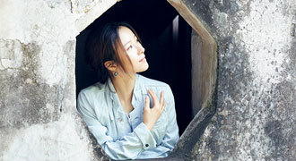 """江一燕最新写真曝光 诠释何为""""江南范"""""""