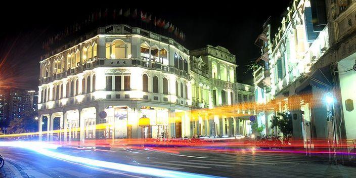 海口骑楼老街夜色迷人(图)