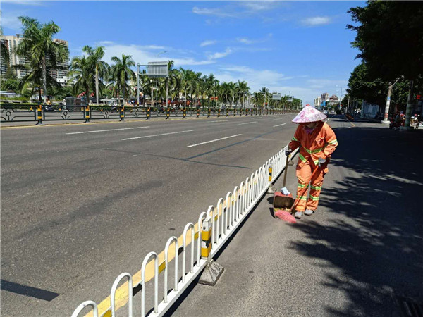 街道整洁有序 中秋佳节海口环卫全员坚守