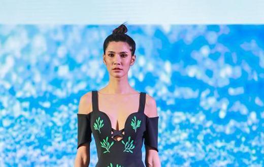 (国际)(1)中国元素惊艳亮相泰丝国际时装周
