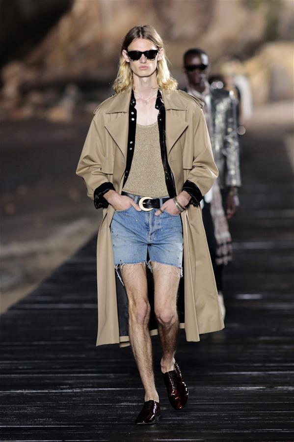 (外代二线)(63)圣罗兰品牌时装秀