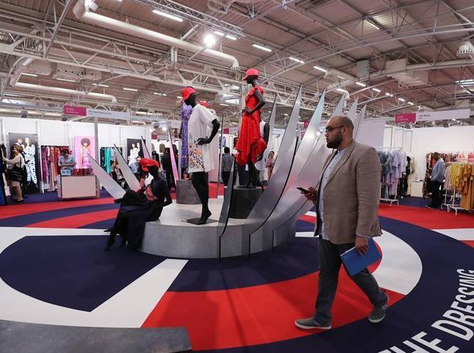 (國際)(4)巴黎中國紡織品服裝貿易展樹立中國品牌新形象