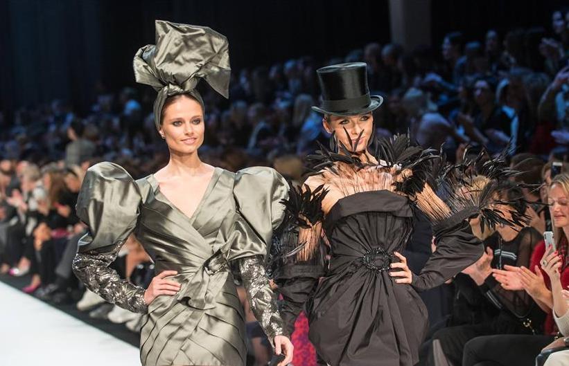(新華視界)(2)立陶宛設計師舉辦2020春夏時裝秀